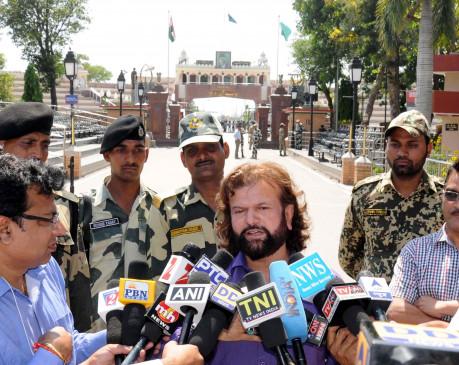 कोरोना से लड़ने हंस राज हंस ने दान किए 50 लाख रुपये