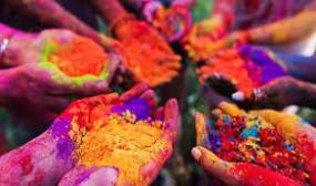 Holi 2020: विदेशों तक होली का रंग पहुंचाएगी ये हाईटेक पिचकारी