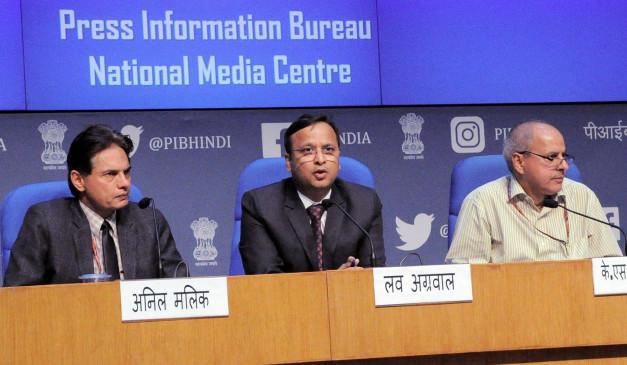 Health Ministry: भारत में अभी दूसरी स्टेज में ही है कोरोना वायरस, सामाजिक दूरी बनाए रखें