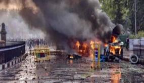 लखनऊ: 27 लोगों पर पुलिस ने लगाया गैंगस्टर एक्ट, सीएए प्रदर्शन के दौरान हिंसा का आरोप