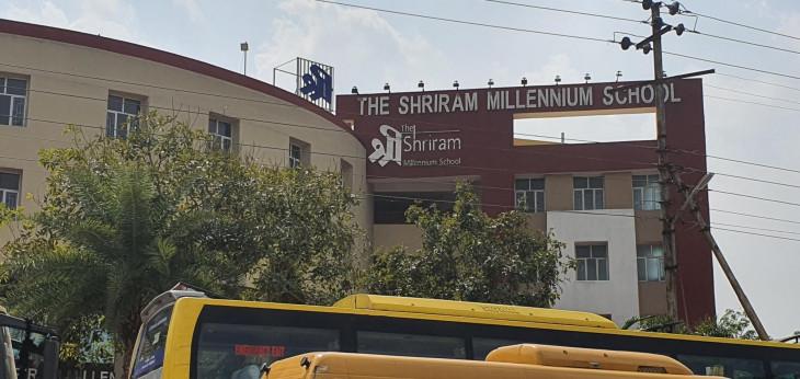 नोएडा : श्रीराम मिलेनियम के 40 छात्रों को 28 दिनों के लिए आइसोलेशन में भेजा गया