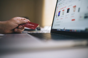 कोरोनावायरस: चीन में ऑनलाइन बिजनेस में हुई वृद्धि, फिटनेस उपकरणों की बिक्री में भी इजाफा