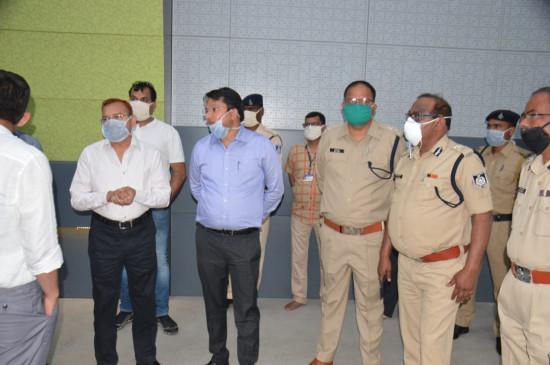 जबलपुर शहर में कफ्र्यू के दौरान अधिकारियों ने लिया जायजा - आदेश का कड़ाई से पालन करने की अपील