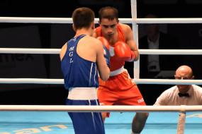 ओलंपिक मुक्केबाजी क्वालीफायर : विकास फाइनल में, पंघल की अप्रत्याशित हार