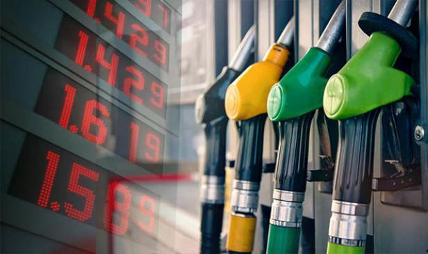 Fuel rate: दिल्ली में 71 रुपये लीटर से कम हुआ पेट्रोल का भाव, डीजल भी सस्ता