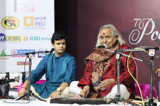 दिल्ली में कविता समारोह जश्न-ए-अदब की वापसी