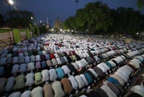 कोरानावायरस से हिफाजत के लिए मस्जिदों में हुई दुआ