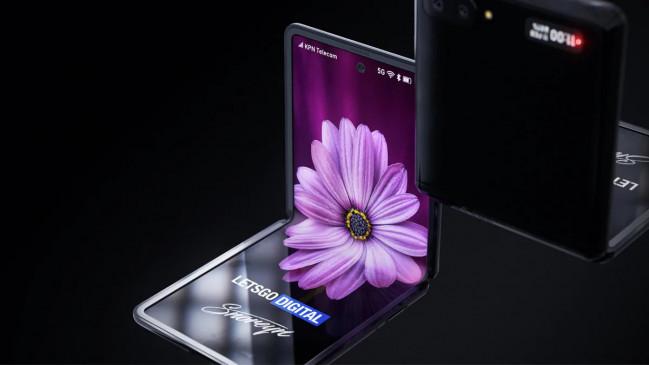 टेक: Samsung Galaxy Z Flip एक बार फिर प्री-ऑर्डर के लिए उपलब्ध, जानें ऑफर्स
