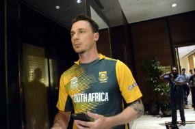 क्रिकेट दक्षिण अफ्रीका की अनुबंध सूची में से स्टेन बाहर
