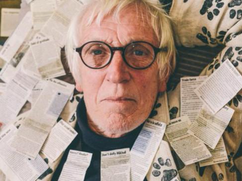 70 की उम्र का ये शख्स 42 साल से रोजाना लिखता है अखबार को पत्र, अब तक लिख चुका है इतने लेटर