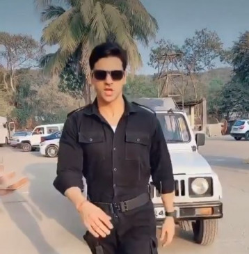 विवेक दहिया ने भारत के असली नायकों को किया सलाम