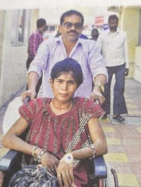 पत्नी को बंधक बनाकर पेट में चाकू घोंपा -वारदात के बाद भागा आरोपी, रातभर तड़पती रही पत्नी
