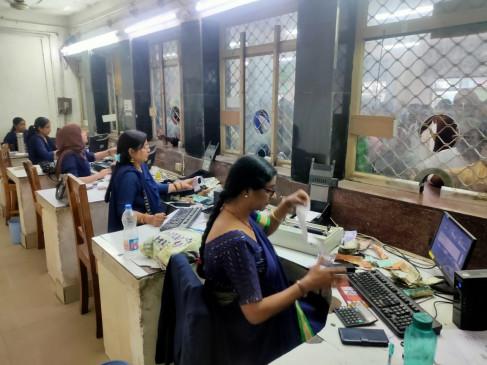 महिला दिवस पर महिलाओं ने संभाली हाजीपुर स्टेशन की कमान