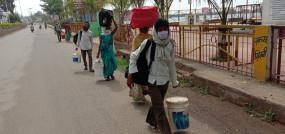 नागपुर से पैदल लौट रहे मजदूर - मौसम ने भी किया परेशान