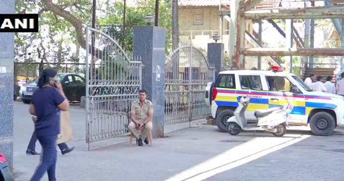 Yes bank: एक्शन में एजेंसियां, मुंबई में सात ठिकानों पर सीबीआई का छापा