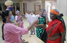 Coronavirus: कर्नाटक में कोरोना के 15 नए मामले, कुल संख्या 489 हुई