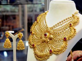 भारतीय वायदा बाजार में नई ऊंचाई पर सोना, चांदी भी उछली