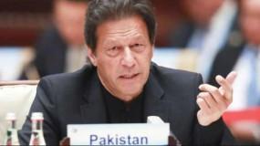 पाकिस्तान: आतंकियों की तरह कोरोना संदिग्धों को पकड़ रही इमरान सरकार