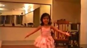 किआरा आडवाणी ने बचपन का थ्रोबैक वीडियो शेयर किया