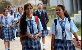 Fake News: यूपी में 10वीं-12वीं के सभी छात्रों को पास किया जाएगा? जानें वायरल पत्र का सच