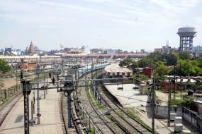 15 अप्रैल से ट्रेन सेवा शुरू करने की कोई कार्य योजना नहीं : रेलवे