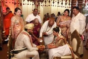 शर्म करो: कर्नाटक पूर्व सीएम के बेटे की शादी में लॉकडाउन के नियम बने मजाक, कुमारस्वामी बोले- मास्क पहनना जरूरी नहीं