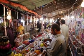 पाकिस्तान: छोटे दुकानदारों का 3 महीने का बिजली बिल भरेगी सरकार, 35 लाख को होगा फायदा