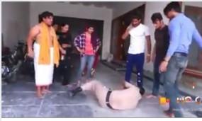 Fake News: क्या लॉकडाउन के कारण मंदिर में हुई पुलिस वाले की पिटाई? जानें वायरल वीडियो का सच