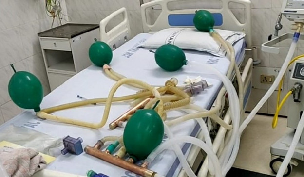 वरिष्ठ चिकित्सक पंकज कुमार ने एक वेंटीलेटर से पांच मरीजों को ऑक्सीजन देने की तकनीक इजाद की