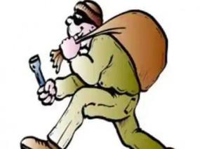 लॉकडाउन के बीच एटीएम में सेंध लगा रहे चोर, पुलिस गश्त पर उठ रहे सवाल