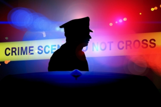 उत्तर प्रदेश: दुकानदार ने एसओ सहित 4 पुलिसकर्मियों को बंधक बनाया