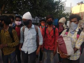 जम्मू-कश्मीर के 19 युवाओं को घर वापसी का इंतजार
