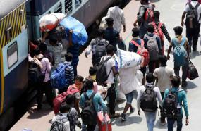 भारत के 54 जिलों से देश के 50 फीसदी प्रवासी, 44 जिले उप्र, बिहार के