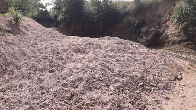 रेत ठेकेदार की मनमानी पर प्रशासन ने लगाया विराम - 8 हजार से अधिक कीमत पर नहीं बेची जायेगी 500 फीट रेत