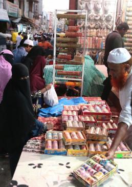 आगरा : हमेशा गुलजार रहने वाले बाजार इस बार ईद पर भी सूने!