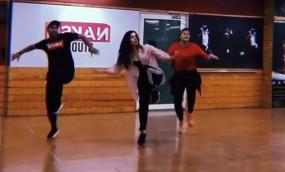 अलाया एफ ने अपने पहले डांस रिहर्सल की झलकियां दिखाई
