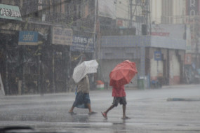 बांग्लादेश के ऊपर मंडरा रहा अम्फान, कुछ घंटों में होगा कमजोर