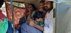 मुंबई में रोजी रोटी का सहारा बने ऑटो से घर वापसी