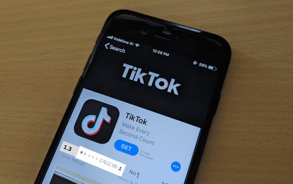 Ban TikTok: टिकटॉक की रेटिंग में आई भारी गिरावट, 4.5 स्टार से लुढ़ककर पहुंचा 1.3, जानें कारण