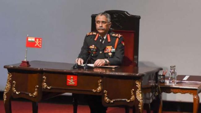 बॉर्डर विवाद: आक्रमणकारी चीन को लद्दाख में जवाब देने की तैयारी, सेना प्रमुख और शीर्ष कमांडरों की मीटिंग शुरू