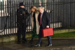 ब्रिटिश प्रधानमंत्री ने दूसरी पत्नी को औपचारिक रूप से तलाक दिया