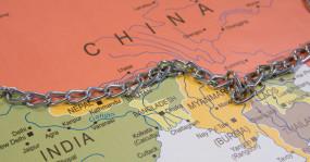 Border dispute: चीन ने LAC पर बढ़ाई सेना, भारत भी आक्रामक रुख पर अड़ा, यहां जानें कहां-कहां है सीमा विवाद