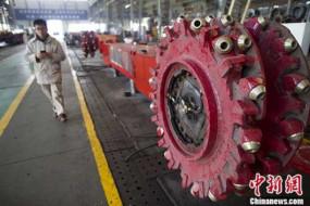 चीन के विनिर्माण पीएमआई में मई में गिरावट