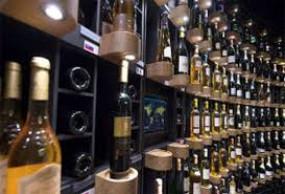 राजस्थान: कांग्रेस MLA ने कहा- शराब से गले में ही मर जाएगा कोरोना, CM गहलोत से की दुकानें खोलने की मांग