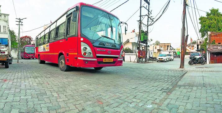 नागपुर में कोरोना संक्रमित नई बस्तियां सील, लोगों को बस से क्वारेंटाइन सेंटर भेजा