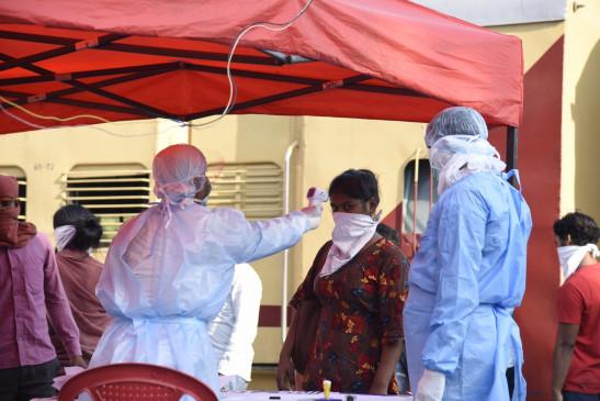 गुजरात में कोरोना मरीजों की संख्या 12 हजार के पार, अब तक 719 मौतें