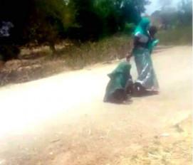 मप्र: सास ने काम के लिए बोला तो नाराज बहू ने कर दी मारपीट, सड़क पर घसीट कर पीटा