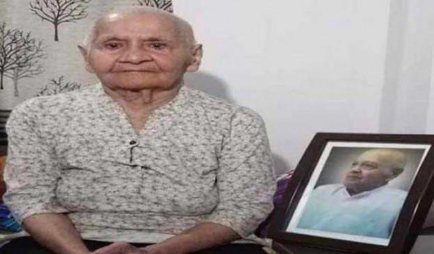 महात्मा गांधी की पौत्रवधू शिवा लक्ष्मी का निधन, दिल्ली के माहौल से परेशान होकर चली गई थीं सूरत