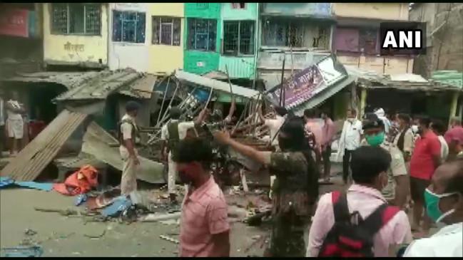 बिहार: मुंगेर में एक घर में हुआ विस्फोट, मां-बेटे की मौत, आसपास के कई मकान क्षतिग्रस्त