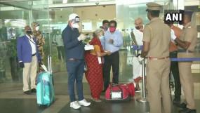 Flight operations: दो महीने बाद फिर शुरू हुआ हवाई सफर, दिल्ली एयरपोर्ट से 82 उड़ानें रद्द, यात्री परेशान